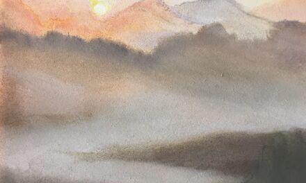 Lever de soleil brumeux sur les Pyrénées